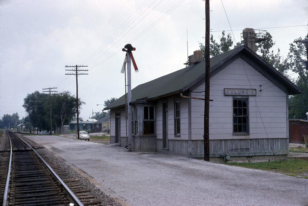 14 - Columbia Depot